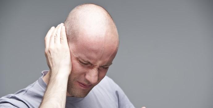 factores riesgo acufenos Tinnitus